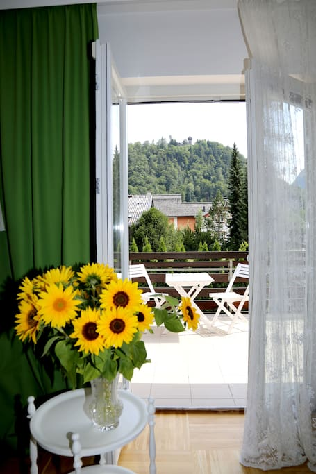 Suite I-sonnige 40qm Terrasse mit Panoramablick auf Berglandschaft