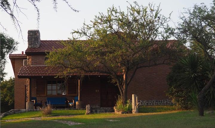 Casa de campo Las Iguanas - Villa Gral. Belgrano