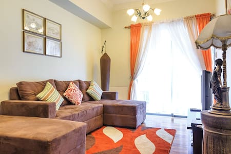 Spacious Unit near Mall of Asia (j) - Pasay - Apartment
