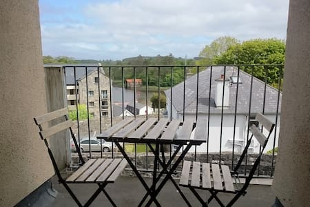 Comfortable 2BD with sea views - Westport