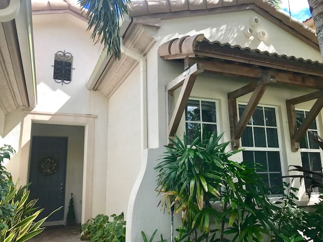 Palm Beach Gardens Close To The Beaches Houses For Rent In Palm Beach Gardens Florida United