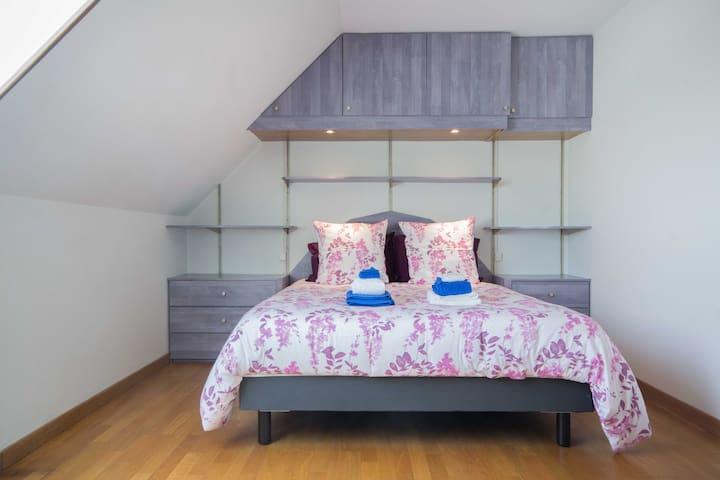 Chambre 3 avec 1 lit en 160/200 cm