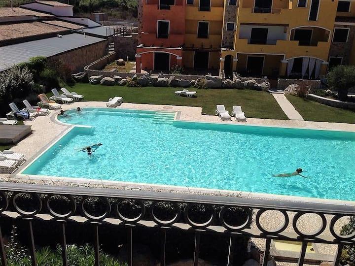 Trilocale con piscina residence Il Borgo Dei Mirti