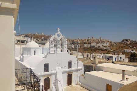 Tsouklou 1- Amorgos Elegant Apartment Chora
