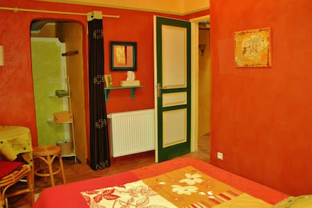 Bed & Breakfast La Hulotte 2 pers. - Bed & Breakfast