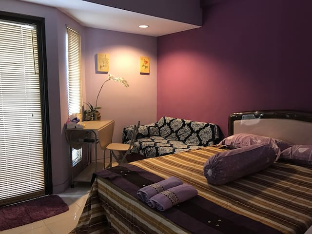 Cozy Apartm at Tamansari Sudirman