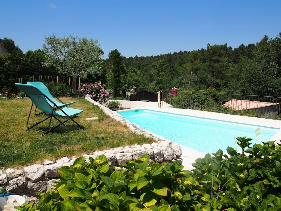 Villa piscine face la for t villas louer saint for Location villa cote d azur piscine