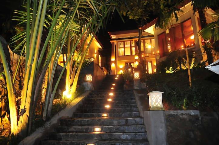 Villa Amadaha - Gn Geulis Bogor/Puncak - Bogor - Villa