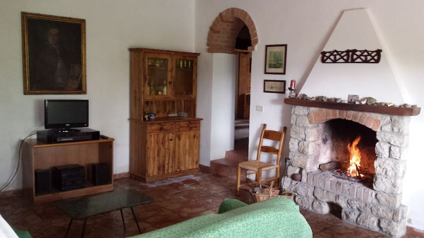 Cozy double room among the vineyards in Monferrato