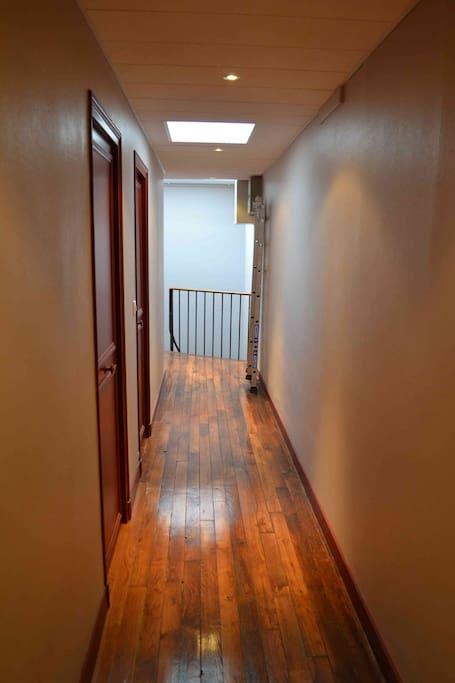 Studio meubl proche champ de mars appartements louer for Louer studio meuble paris