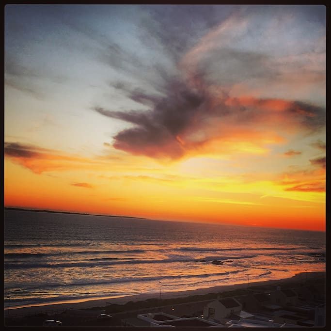 Sunset in Blouberg from Infinity