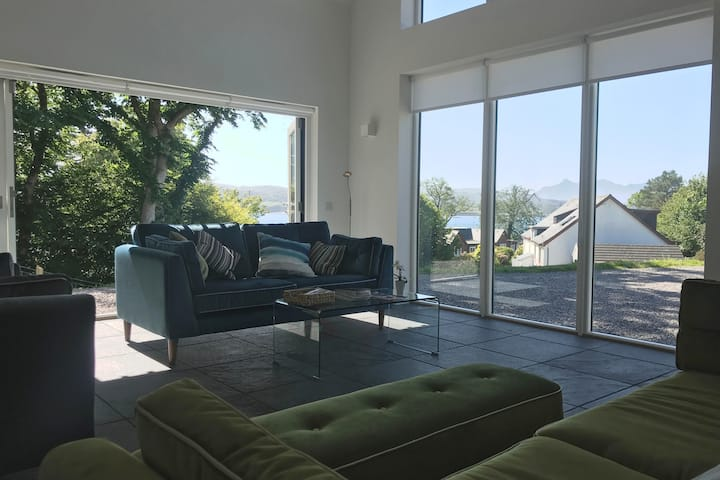 Portree Brand New Home - Modern & fully equipped