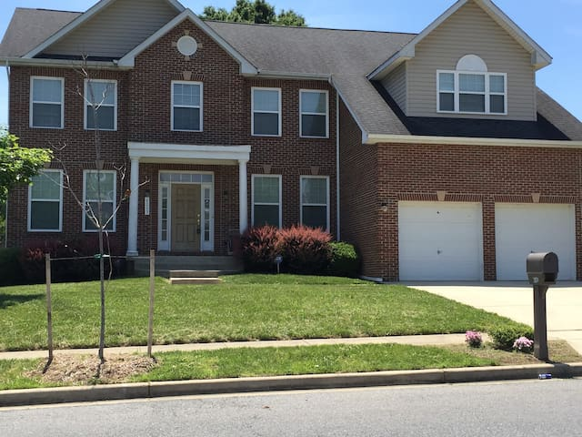 Executive Home Washington DC/VA/MD - Clinton - Rumah