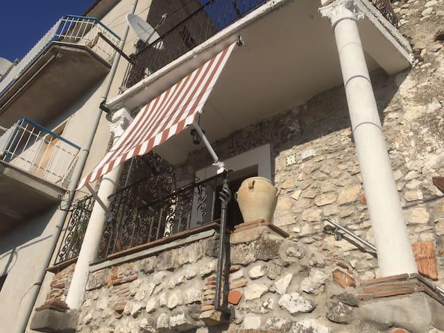 Casa Romantica Suio alto,Castelforte vicino Scauri - Castelforte-Minturno Scauri - Casa