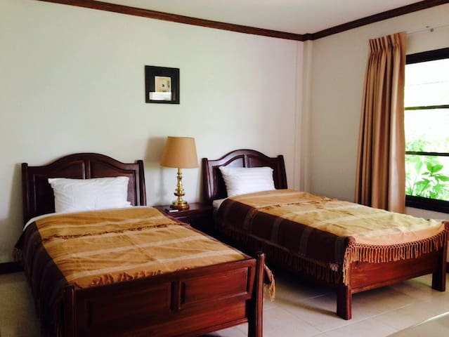 The cottage nakhonsawan. Twin room - Nakhonsawan - Bed & Breakfast