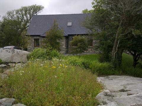 Amazing Connemara Cottage