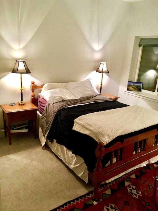 Large private bed room with double bed