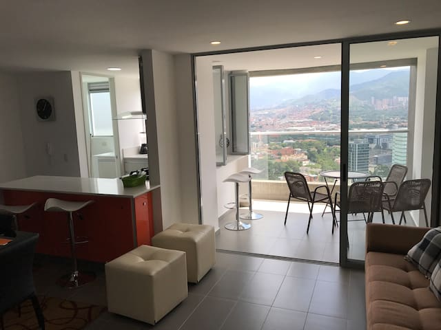 Best Place in Medellin Poblado 3bd, Best View. - Medellín - Apartment