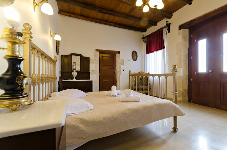 【TOP】S3 Authentic Cretan Hospitality*Kitchen*WiFi! - Skouloufia, Rethymno, Crete - Casa adossada