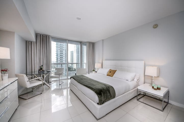 CHIC COMFY STUDIO IN W-ICON BRICKELL RESID.(05-21) - Miami