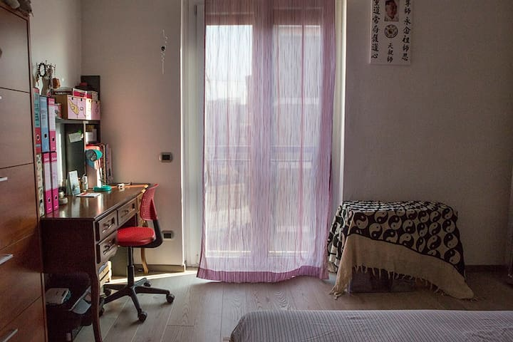 Bright and comfortable double room - Milà - Pis