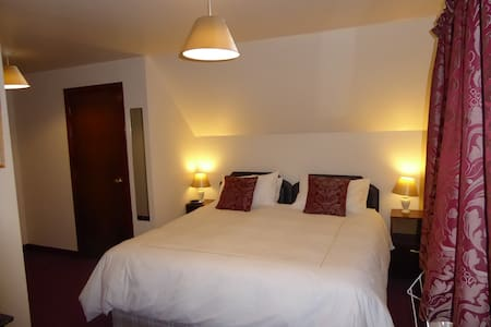 Lotta Dubh B&B  Ensuite Double/Twin - Lochcarron - Inap sarapan