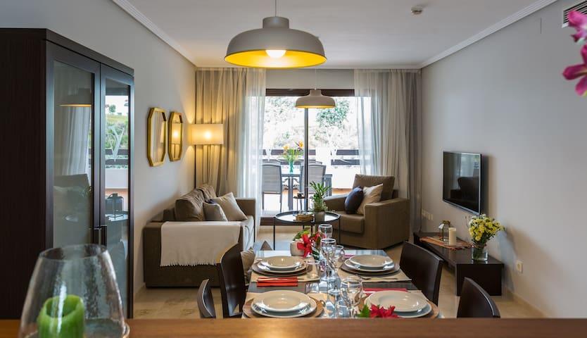 Valle Romano - Ático Luxury Apt con Desayuno
