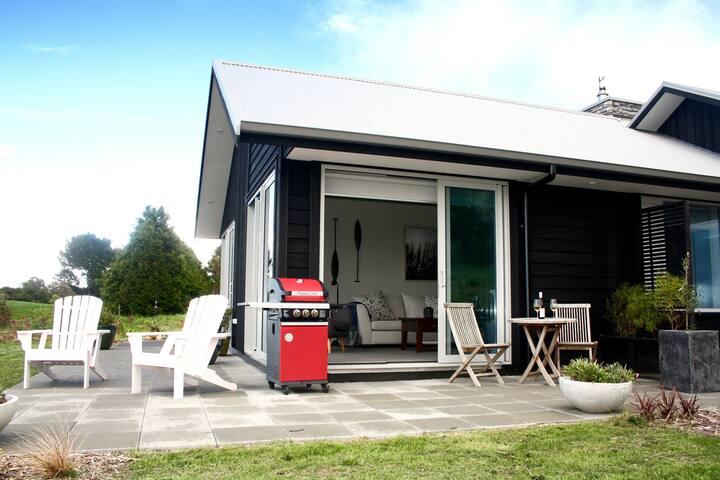 Fairbairn House - Private Boutique Apartment Suite - Taupo - Leilighet