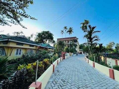 Subha's Homestay-Hosts 4+|Events| Full flat/Rooms