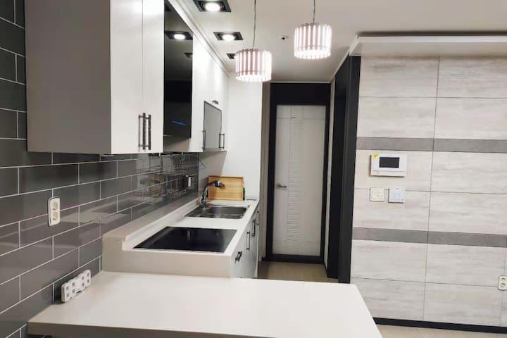 (개인실)신축건물 - 깔끔하고 따뜻한 방 - 여성전용