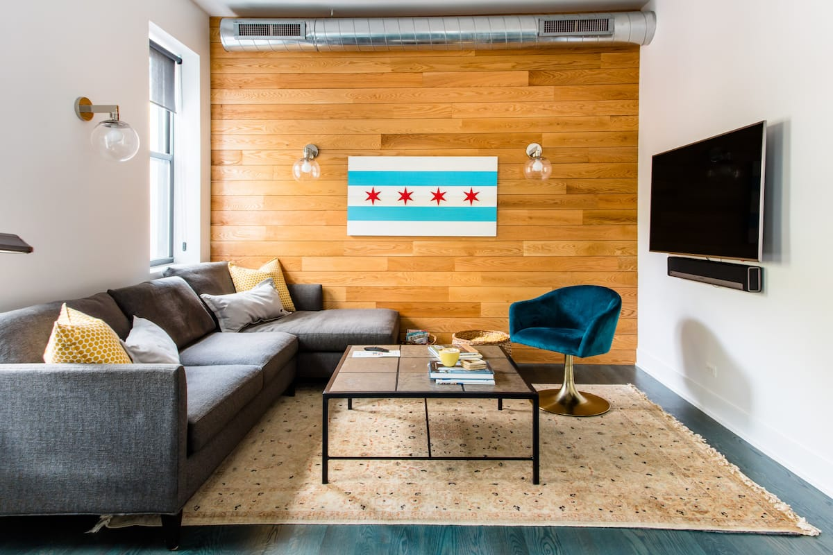 Sunny, Modern Lincoln Park Apartment with Deck