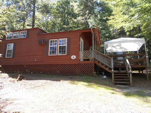 Smoky Mountain Loft Cabin near lake & waterfalls