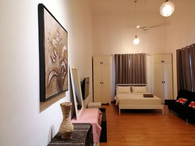 Maytower Hotel & Serviced Apartment (Studio)