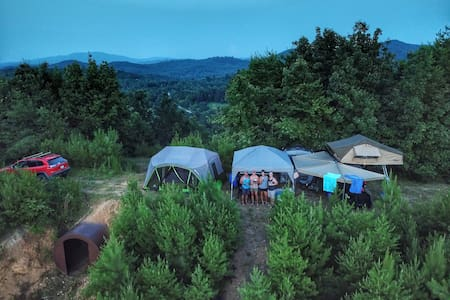 The Relaxation Ridge Campsite at 84W: Farm&Retreat
