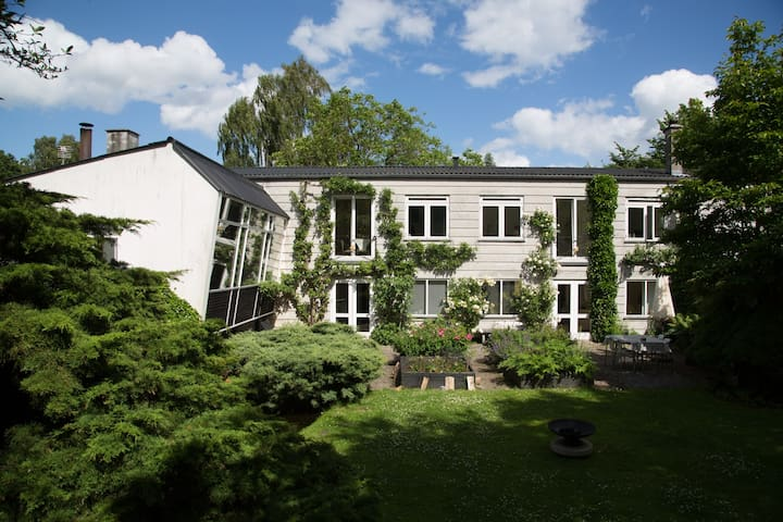 1st floor of an architect designed villa