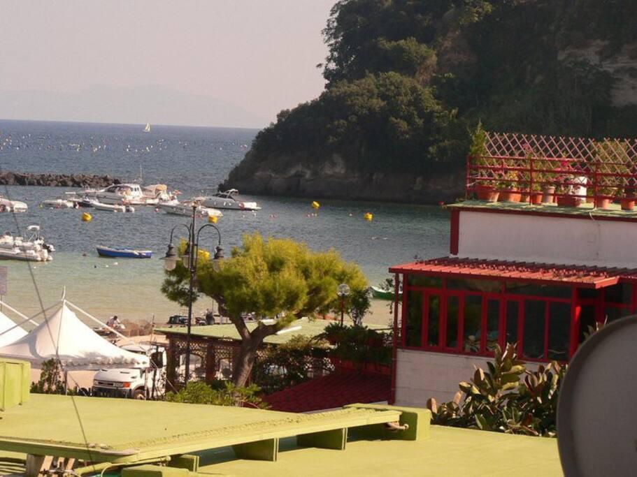 Accogliente bilocale vicino al mare appartamenti in for Appartamenti in affitto a barcellona vicino al mare