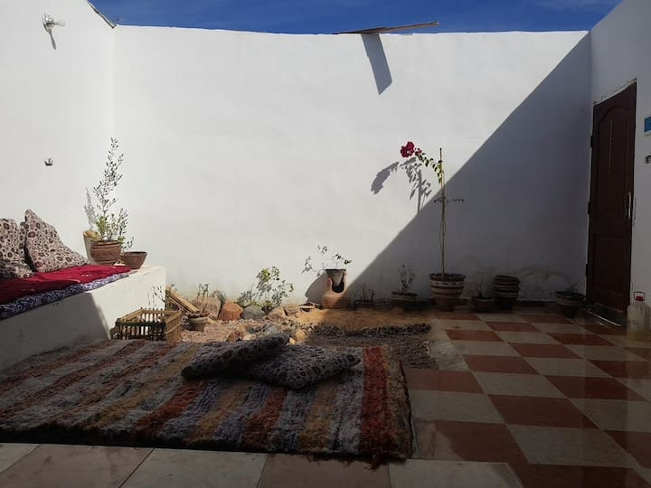 Private room in a cosy home near Assala beach
