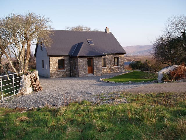 Connemara Cottage - Galway - Srub