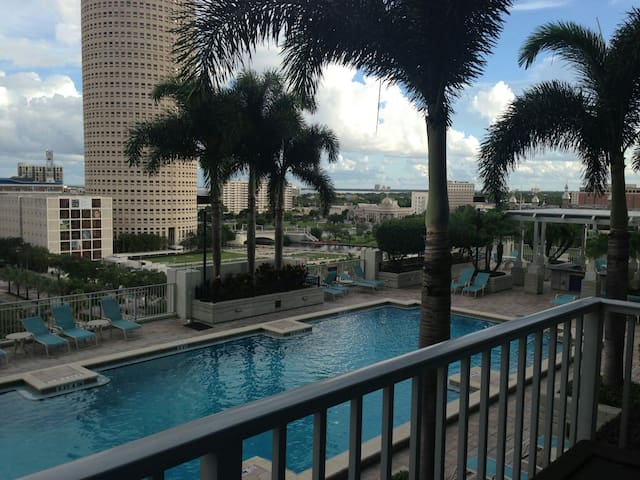 Luxurious Condo Downtown Tampa - Tampa - Appartement en résidence