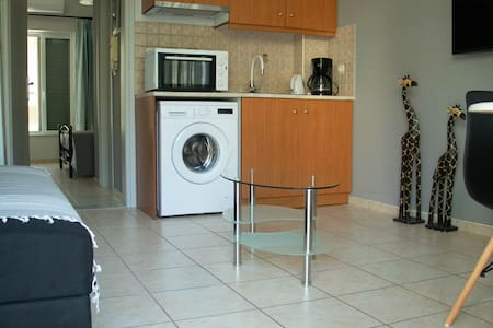 Clio Apartment Near Rethymno Beach