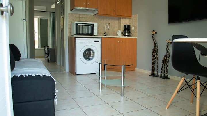 Clio  Apartment Near  Rethymno Beach