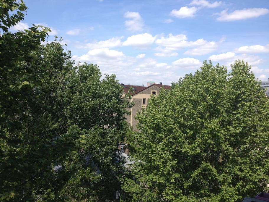 View from the balcony / Vue du balcon