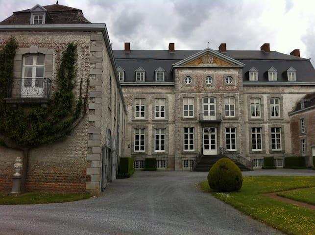 Chateau de Waleffe {left wing } - Faimes - Zamek
