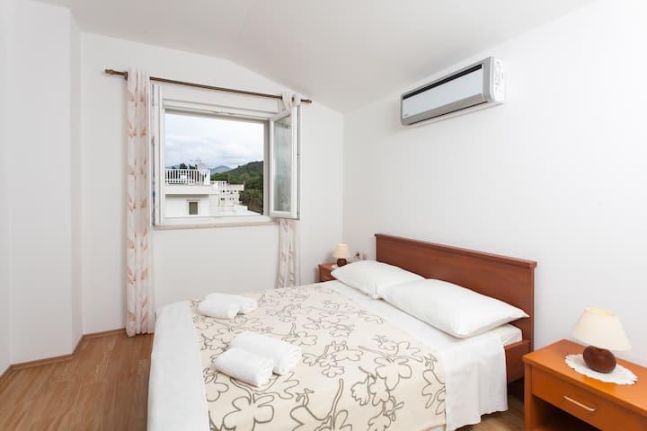 Apartments Ana 6