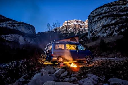 Direction le Sahara en VW California Westfalia !