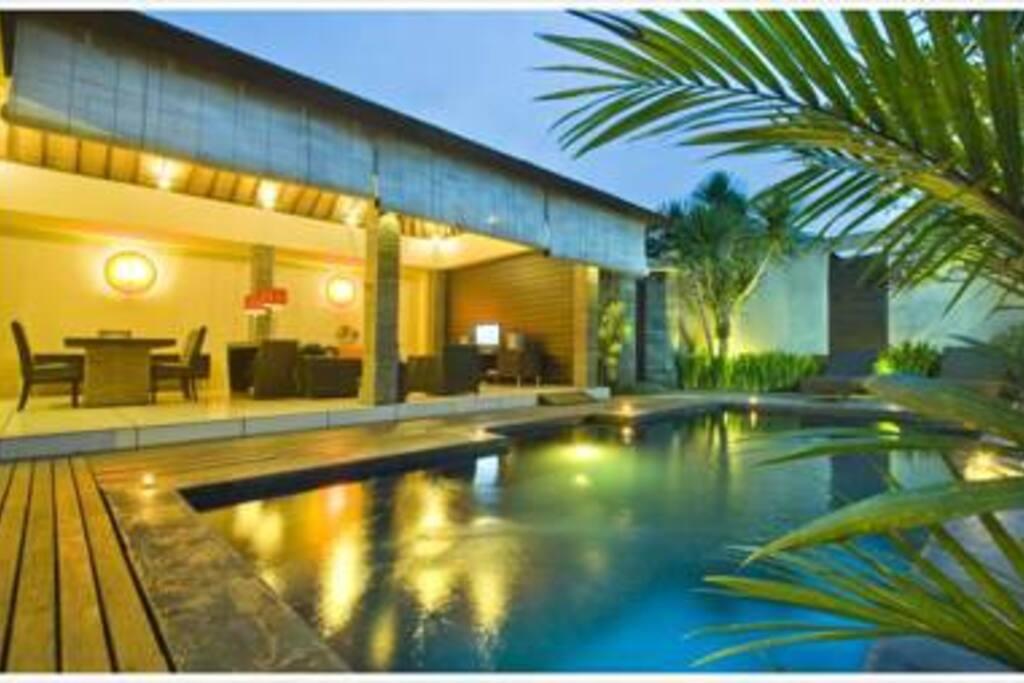 Ininda Villas Villas For Rent In Seminyak Bali Indonesia