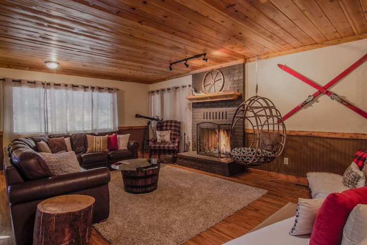 Hushabye Mountain Lodge: a luxury getaway - Big Bear