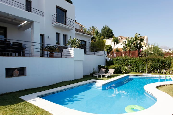 Villa, sea views, private pool  - Benahavis - Villa