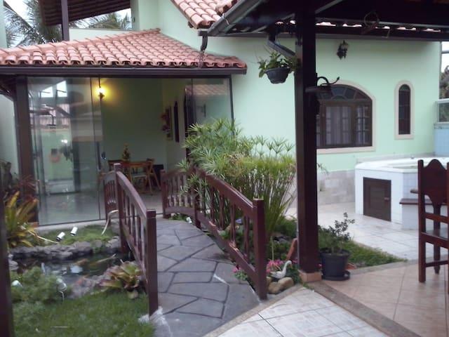 Casa aconchegante a 100 m da  praia - Casimiro de Abreu - House