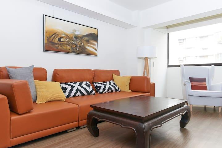 5星级全新装修首推电梯公寓,有厨房客厅2间房,离101步行5分路程 - 信义区,Xinyi District - Wohnung